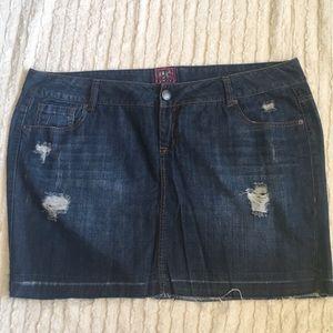 Torrid Distressed Denim Jean Skirt size 20